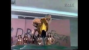 Image Malandrinha Fabiana de Bikini prova da prancha Programa do Malandro